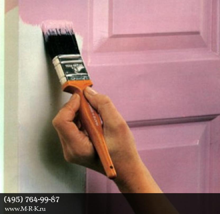 Покраска дверей.